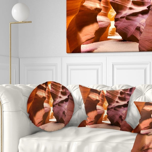 Designart 'Bright Antelope Canyon' Landscape Photo Throw Pillow