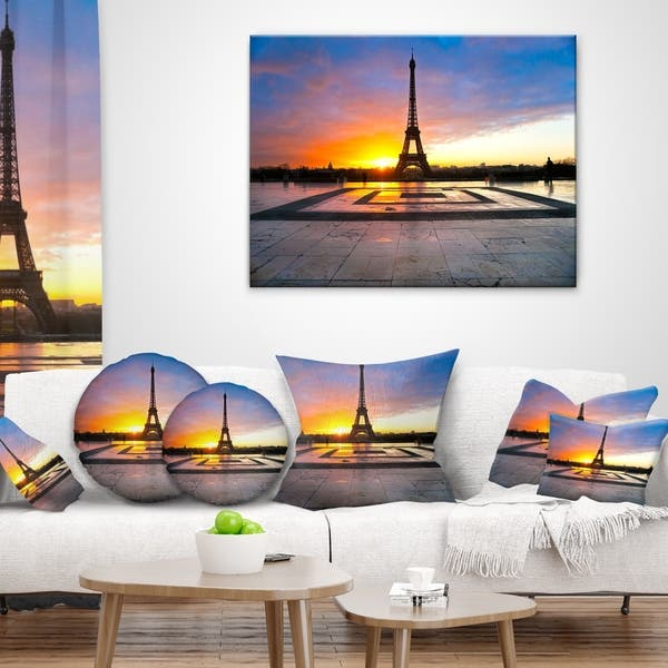 Designart Paris Eiffel Towerat Beautiful Sunrise Landscape Photography Throw Pillow On Sale Overstock 20947106