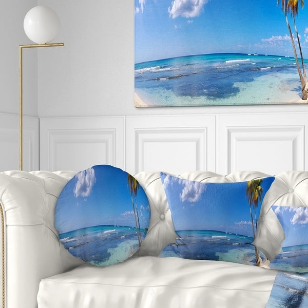 Designart 'Paradise Beach Panorama' Landscape Photography Throw Pillow