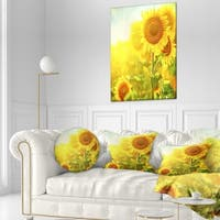 Designart 'Bright Sunflowers Blooming on Field' Animal Throw Pillow