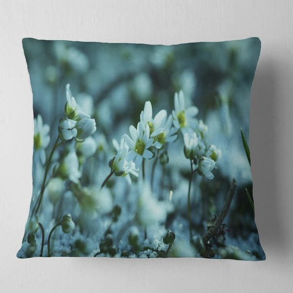 Designart Small White Flowers On Blue Background Floral Throw Pillow On Sale Overstock 20950901