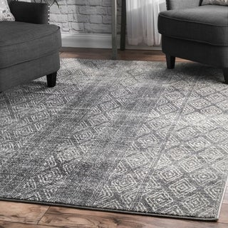 nuLOOM Dark Grey Tribal Geometric Argyle Area Rug - 8' x 10'