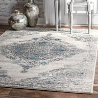 "nuLOOM Light Blue Floral Medallion Transitional Area Rug - 6'7"" x 9'"