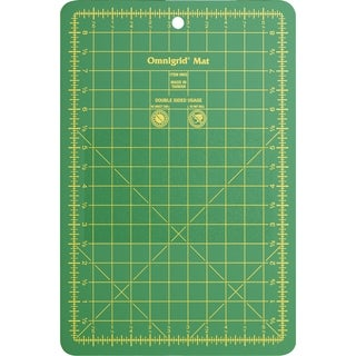 "Omnigrid Cutting Mat W/ Grid 5-1/2""X8-1/2"""