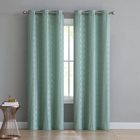 VCNY Home Wavy Stripes Curtain Set
