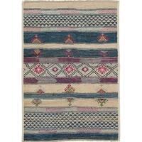 eCarpetGallery Hand-knotted Shalimar Beige, Blue Wool Rug - 4'4 x 6'1