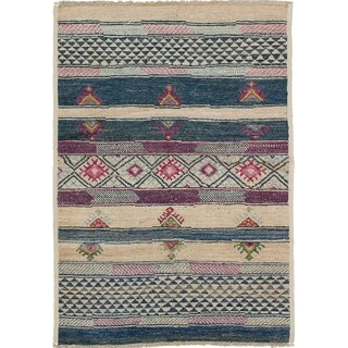 eCarpetGallery Hand-knotted Shalimar Beige, Blue Wool Rug (4'4 x 6'1) - 4'4 x 6'1