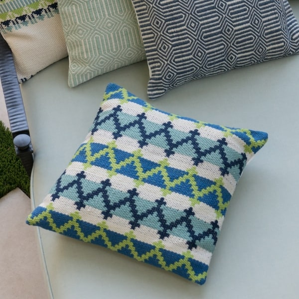 Indoor/ Outdoor Blue/ Green Geometric 22-inch Throw Pillow or Pillow Cover