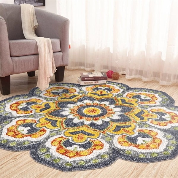 LR Home Hand Tufted Dazzle Floral Medallion Gray Wool Rug - 4' x 4'