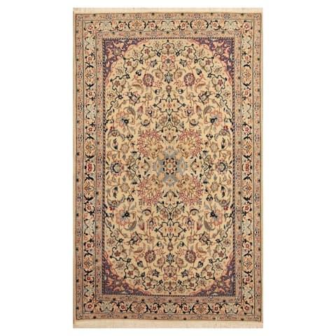 Handmade One-of-a-Kind Nain Wool and Silk Rug (Iran) - 3'10 x 6'4