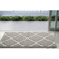 Jean Pierre Yohan Loop Accent Rug, Grey/Soft White - 2'8 x 4'8