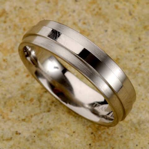 Men's Titanium Raised Center Band (7 mm)