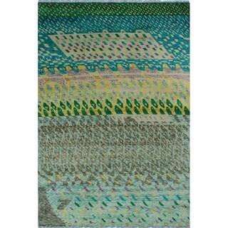 Noori Rug Balochi Thabiti Green/Ivory Rug - 6'0 x 8'10