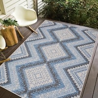 Carnival Grey/Blue Transitional Southwestern Indoor/Outdoor Area Rug - 8'2 x 10'