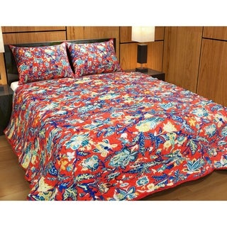 "French Red Swathe Super King Quilt 110""W x 96""L"