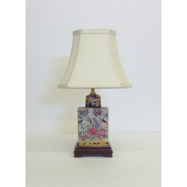 Royal Medallion Flask Porcelain Table Lamp