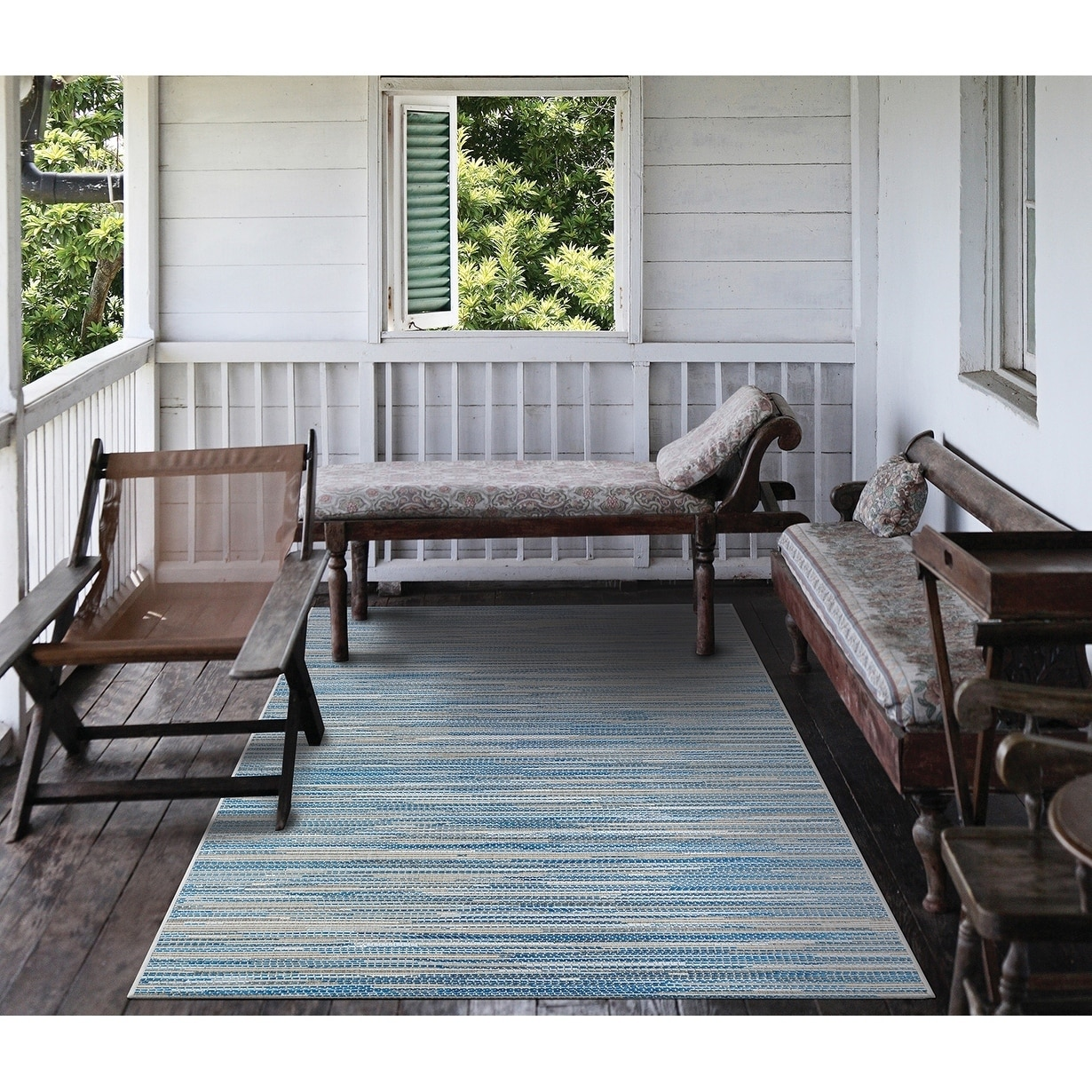Carriage House Stria Blue-Champagne Indoor/Outdoor Area Rug - 510 x 92 (510 x 92 - Blue/Champagne)
