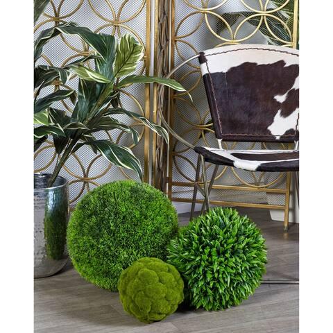 Green Vinyl Grass15-inch Decorative Ball