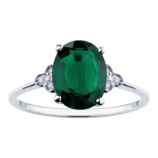 10K White Gold 1.75ct TW Emerald and Diamond Vintage Style Ring - Green