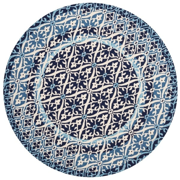 Indoor/ Outdoor Hand-hooked Blue Damask Round Rug - 7'10