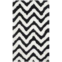 Safavieh Handmade Barcelona Shag White/ Black Chevron Polyester Rug