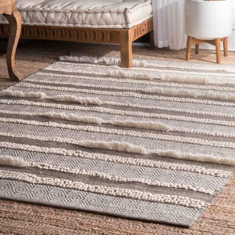 nuLOOM Brown Handmade Wool/ Cotton Causal Solid Chevron Stripes Area Rug