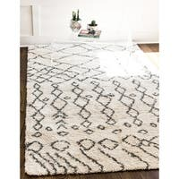 Unique Loom Geometric Rabat Shag Area Rug - 9' x 12'