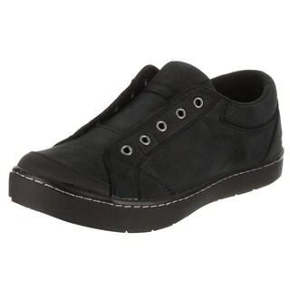 Mozo Women's The Maven Casual Shoe