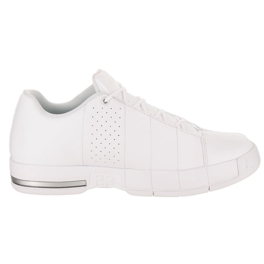 competitive price b6d90 8bed6 Nike Jordan Men's Jordan TE 2 Low Basketball Shoe