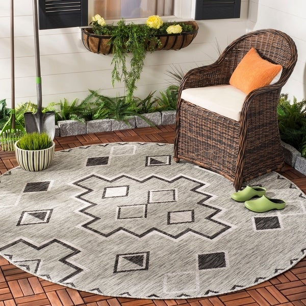 "Safavieh Courtyard Modern & Contemporary Grey / Black Indoor Outdoor Rug - 6'7"" x 6'7"" round"