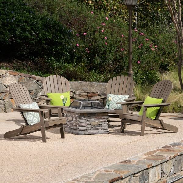 Adirondack Chair Set With Fire Pit