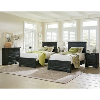 INSPIRED By Bassett Farmhouse Basics Double Twin Bedroom Set With 2  Nightstands And 1 Chest
