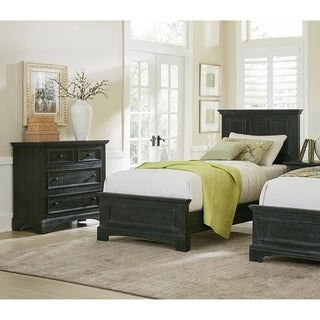 INSPIRED by Bassett Farmhouse Basics Twin Bedroom Set with Nightstand and Chest