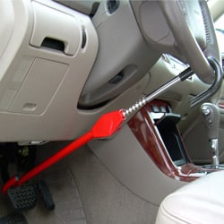 The Club Pedal-to-Wheel Vehicle Anti-Theft Lock - Thumbnail 1