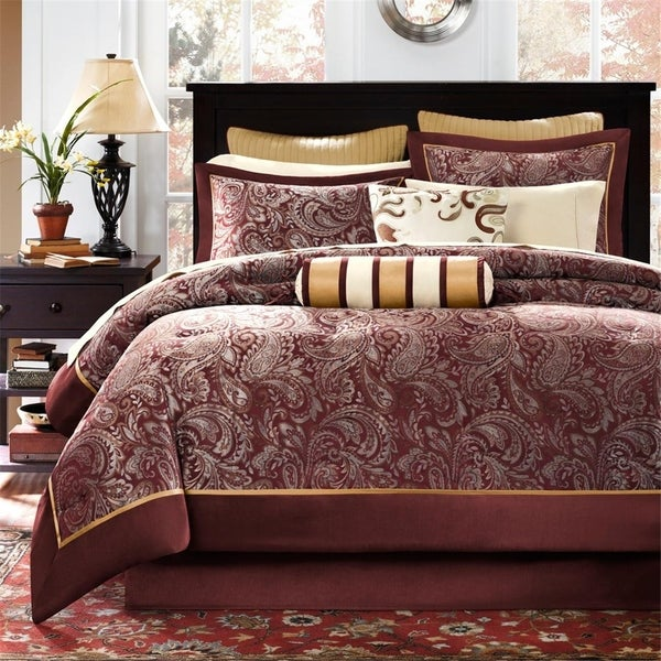 Gracewood Hollow Abley 12-piece Bed in a Bag with Sheet Set. Opens flyout.