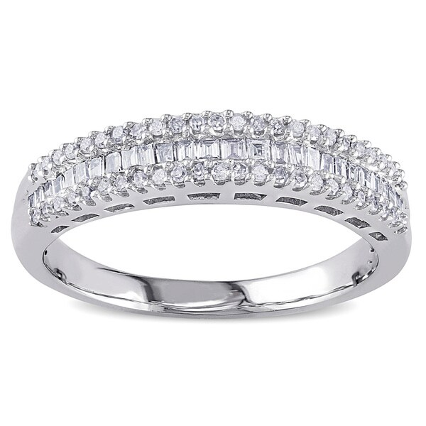 14k White Gold 1/3ct TDW Baguette and Round-Cut Diamond Anniversary Bandby Miadora