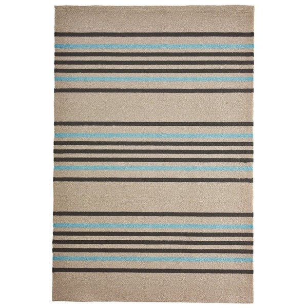 Lines Outdoor Rug (7'6 x 9'6) - 7'6 x 9'6