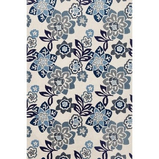 Scattered Flowers Outdoor Rug (7'6 x 9'6) - 7'6 x 9'6