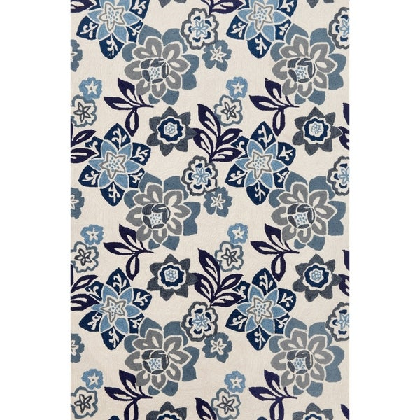 Scattered Flowers Outdoor Rug (8'3 x 11'6) - 8'3 x 11'6