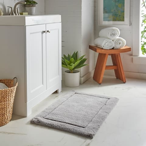 "Mohawk Regency Bath Rug (1' 9""x2' 10"")"