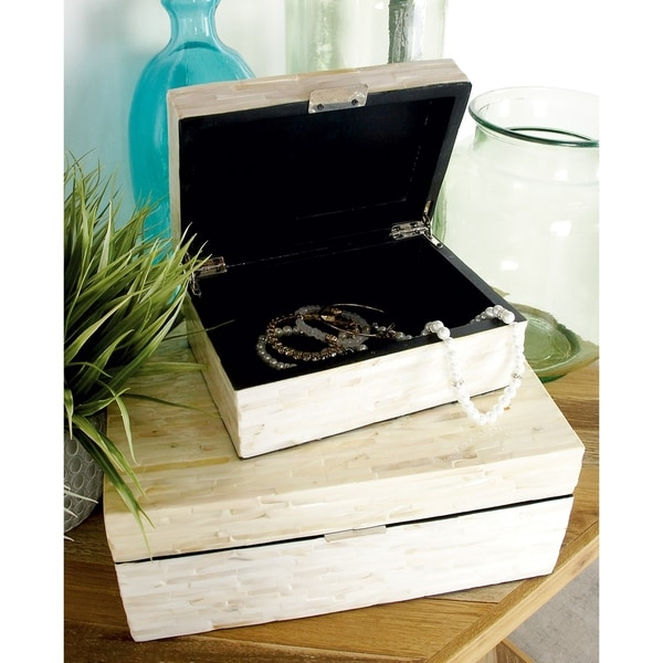 The Curated Nomad Jiminez Benzara Enticing Mop Lacquer Boxes (Set of 2)