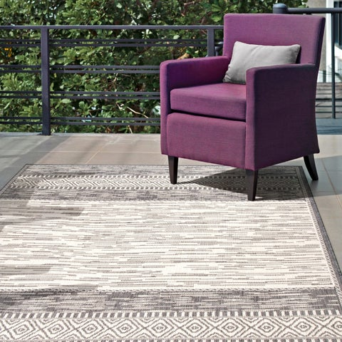 "nuLOOM Grey Luxurious Contemporary Tribal Style Indoor/ Outdoor Area Rug - 5' 3"" x 7' 6"""