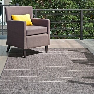 """nuLOOM Grey Indoor/Outdoor Venetian Pinstripes Area Rug - 8' 6"""" x 13'"""