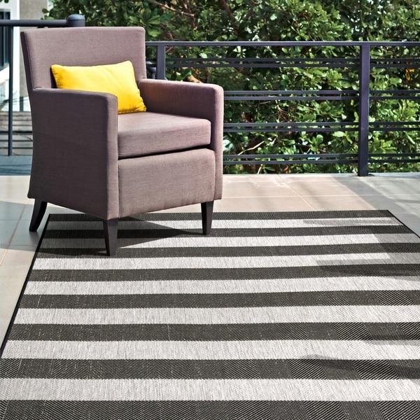nuLOOM Indoor/Outdoor Casual Chevron Stripes Area Rug