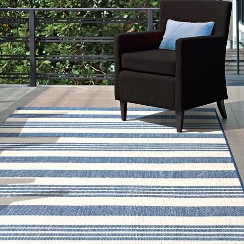 nuLOOM Indoor/Outdoor Lavish Solid & Striped Area Rug