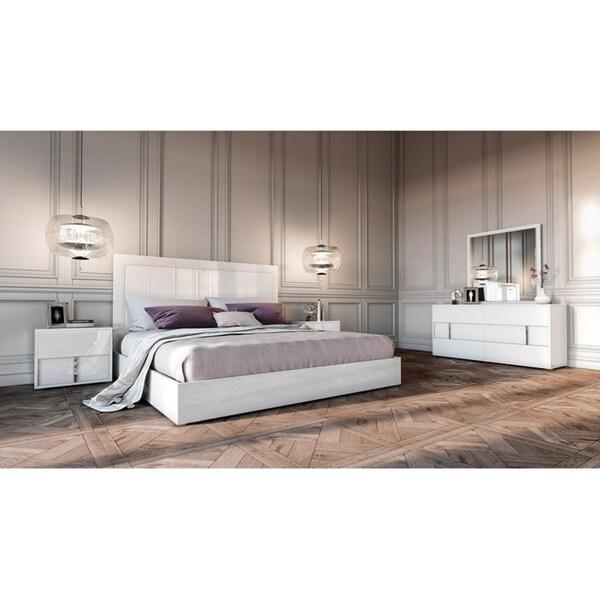 Shop Modrest Nicla Italian White Queen Bedroom Set