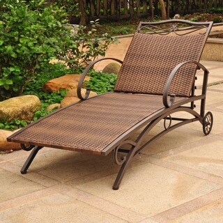 International Caravan Valencia Resin Wicker/ Steel Frame Multi-Position Chaise Lounge in Chocolate (As Is Item)