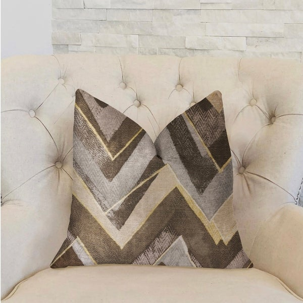 Plutus Badger Cove Brown Luxury Throw Pillow