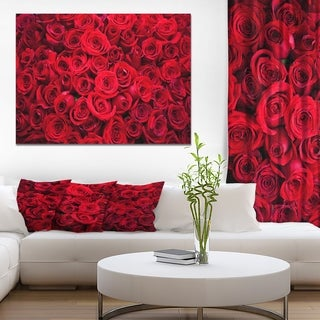 Designart 'Winter Red Rose' Floral photography on wrapped Canvas
