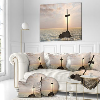 Designart 'Jesus Christian Cross in Bay View' Religious Art on Wrapped Canvas